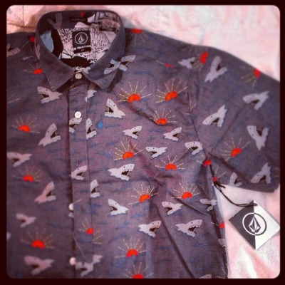 volcom shirt - retail therapy